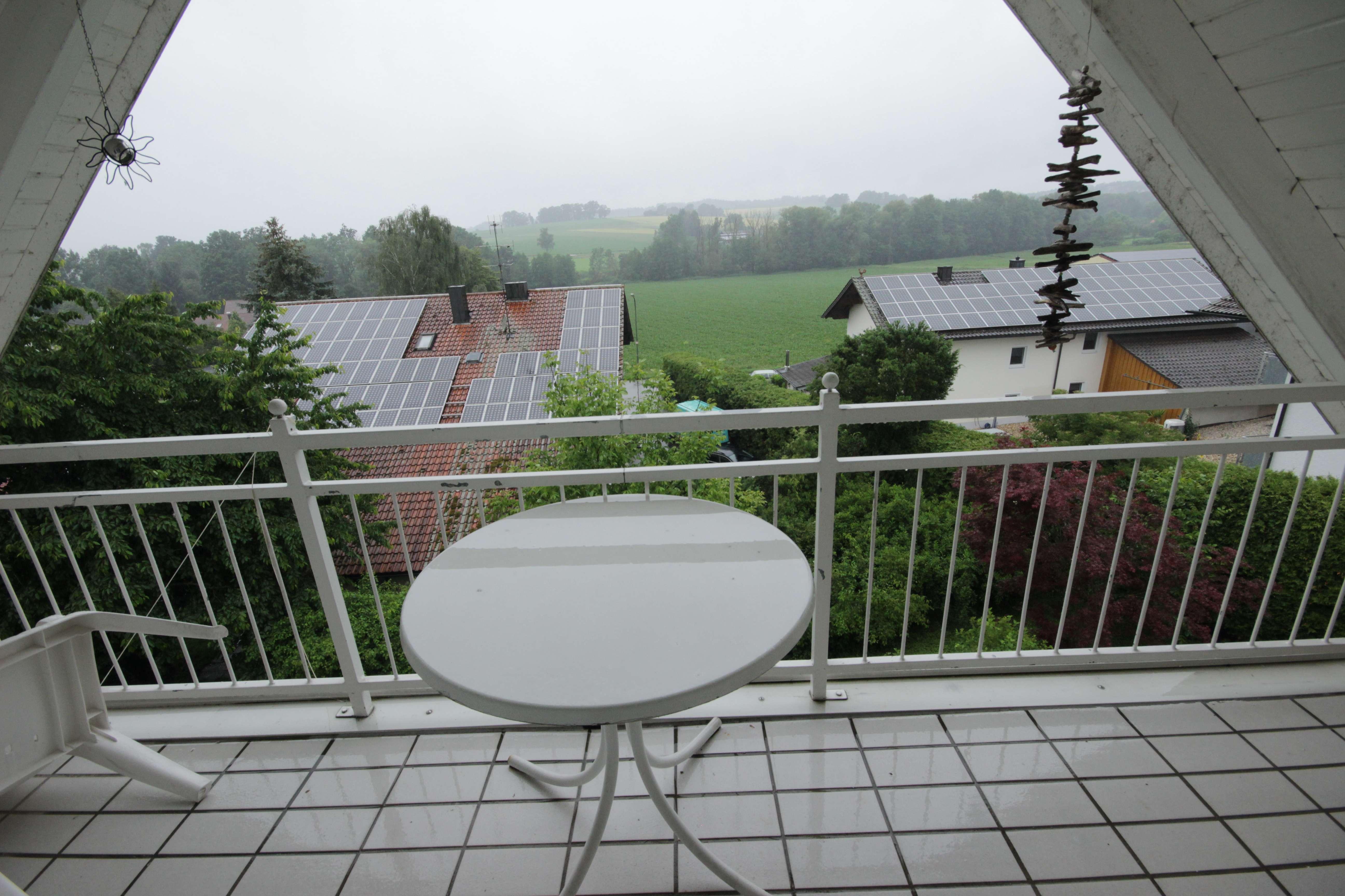 Feine Dachgeschosswohnung mit herrlichem Blick nach Bad Griesbach-Therme in