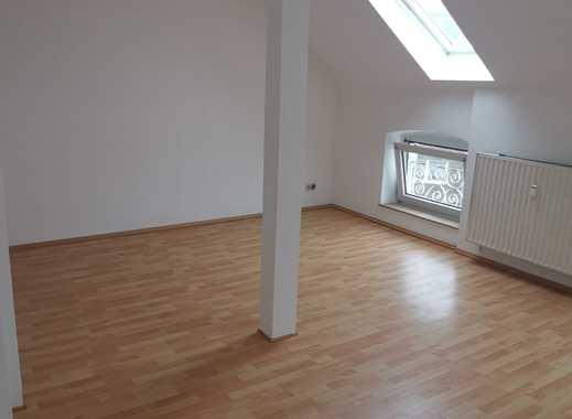 Schöne 2 Zimmer Wohnung in Rheinnähe