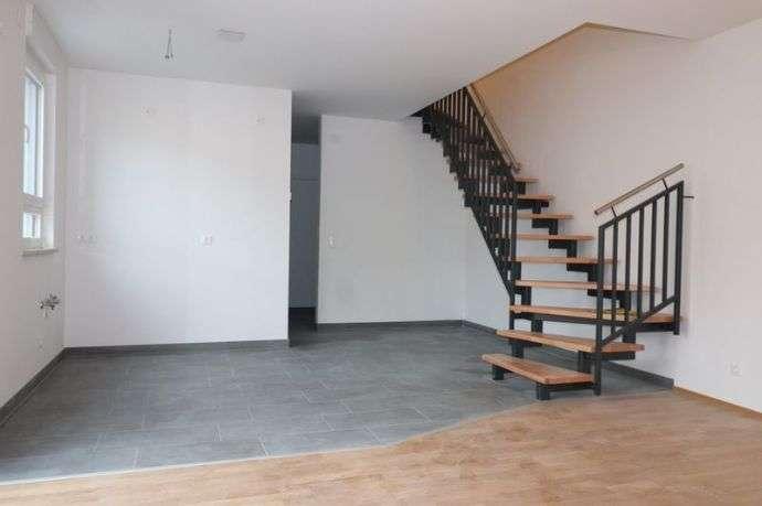 Schicke 3-Zimmer-Maisonette-Wohnung im Zentrum Zirndorfs in