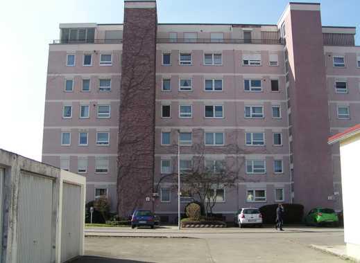 Gepflegte 3-Zimmer-Wohnung mit Balkon und Einbauküche in Biberach