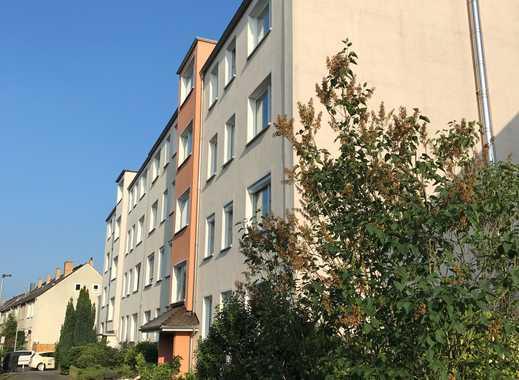 sehr gepflegte 2/3 -Zimmer-Wohnung mit Balkon und Einbauküche in Hemmingen-Arnum
