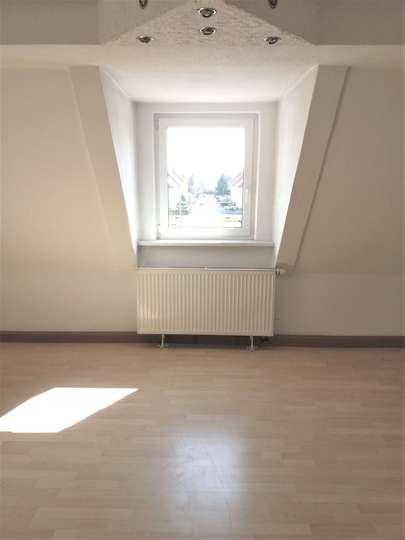 Bezaubernde Wohnung mit Wohnküche im Dachgeschoss