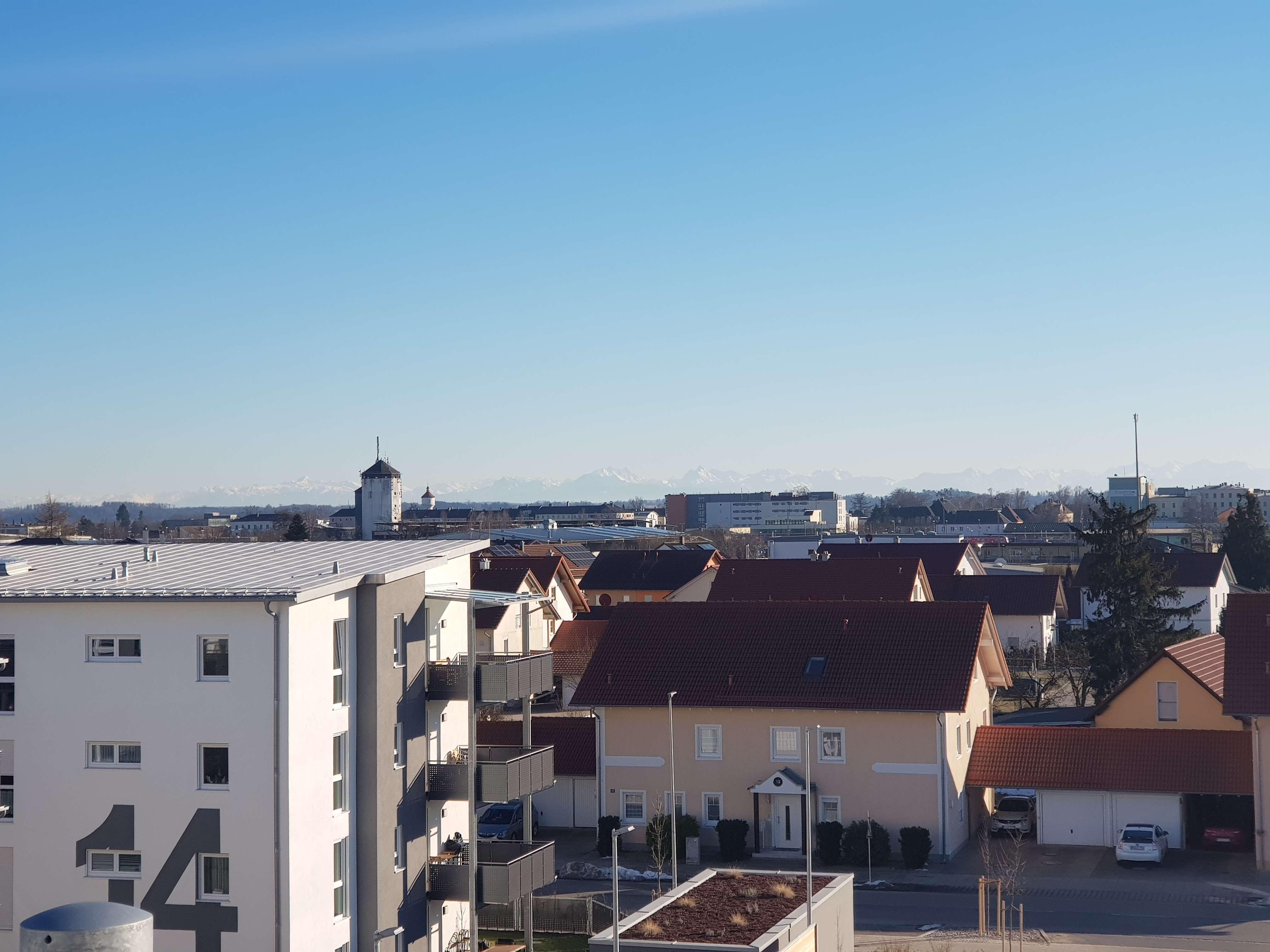...Neubau - 3-Zi.-Dachgeschoss-Wohnung mit EBK und Dachterrasse... in Mühldorf am Inn