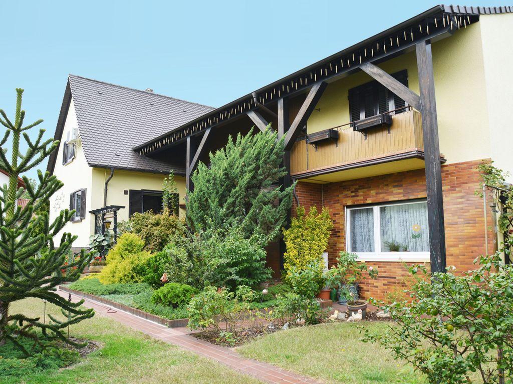 Einfamilienhaus mit tollem Garten in Ortsrandlage von Bad