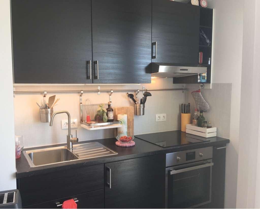 Stilvolle, neuwertige 1-Zimmer-Wohnung mit Balkon und EBK in Oberschleißheim