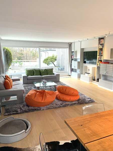 Sehr schöne, lichtdurchflutete Wohnung mit tollen Dachterrassen. in Bogenhausen (München)