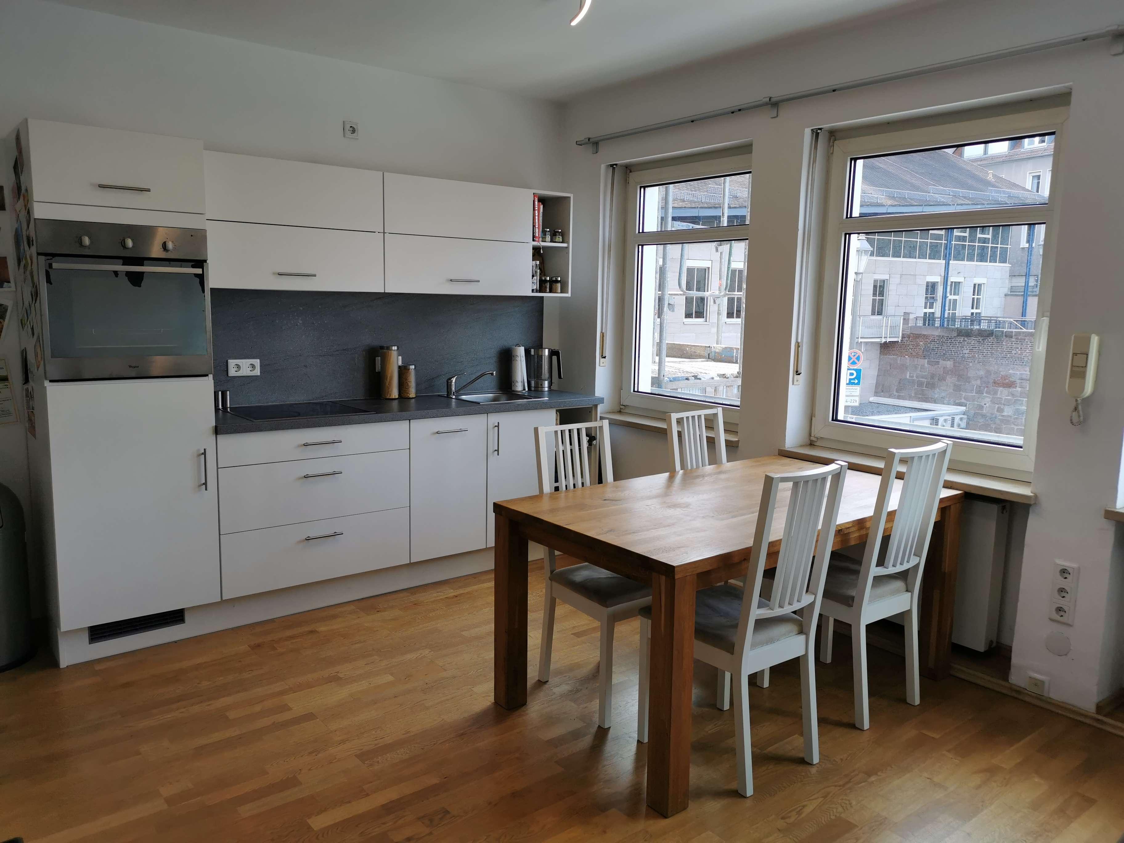 2- Zimmer Wohnung in der Altstadt, 5 Min zurLorenzkirche und zur Pegnitz, in