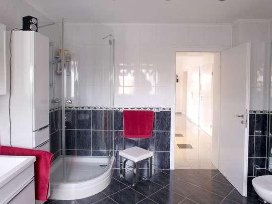 Hochwertige 117m² Wohnung mit Garten, Spitzboden und Keller - Bild 19