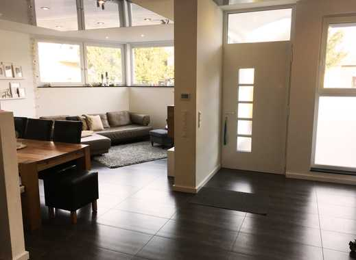 Vollständig renovierte 3-Zimmer-Wohnung mit Einbauküche in Schönenberg-Kübelberg