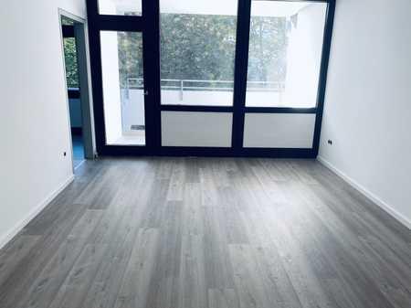 Erstbezug nach Sanierung mit Balkon: schöne 3-Zimmer-Wohnung in Perlach, München in Perlach (München)