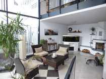 Moderne großzügig aufgeteilte Doppelhaushälfte mit