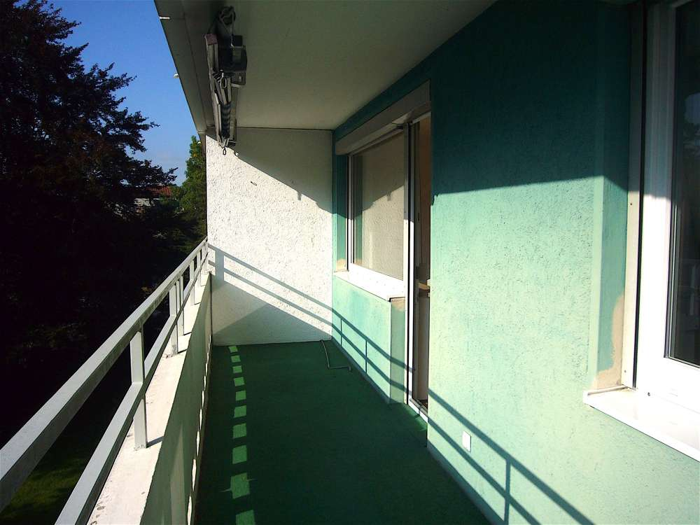 Frisch renoviert: Sonnige, gut geschnittene  Wohnung mit West-Balkon in einem beliebten Wohnviertel. in Memmingen-Innenstadt