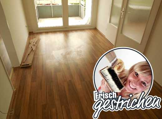 Renovierte 2-Zimmer-Wohnung mit Küchenzeile