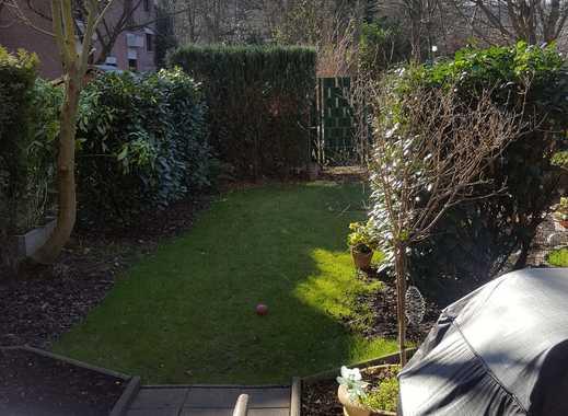 Schöne, geräumige zwei Zimmer Wohnung in Monheim am Rhein mit Garten