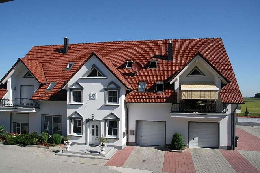 Große schöne Galerie-Wohnung in Untermeitingen