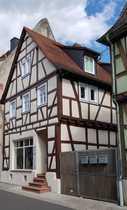 Wohn- u Geschäftshaus mit Scheune