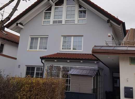 Sehr gepflegtes Mehrfamilienhaus mit 3 Wohneinheiten und Studio/Atelier zu verkaufen