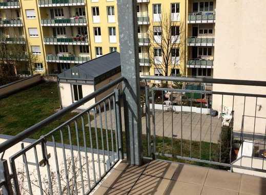 NEU! ** Schöne 5-ZKB mit 2 Balkonen in toller Wohnlage **