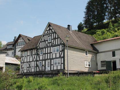 haus kaufen bad berleburg h user kaufen in siegen wittgenstein kreis bad berleburg und. Black Bedroom Furniture Sets. Home Design Ideas