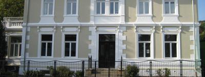 Besondere Dachgeschosswohnung mit Einbauküche in Porta-Westfalica
