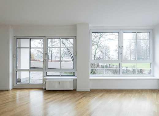 Umfassend sanierte Wohnung mit Einbauküche, Parkett und Terrasse