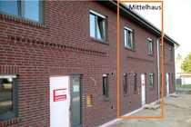 ERSTBEZUG Stilvolles-wertiges-energieeffizientes Reihenmittelhaus in Oebisfelde