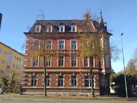 Stilvolle Dachgeschoßwohnung am Luitpoldpark in Südwest (Ingolstadt)