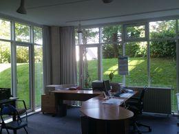 Ruhiges, helles Büro