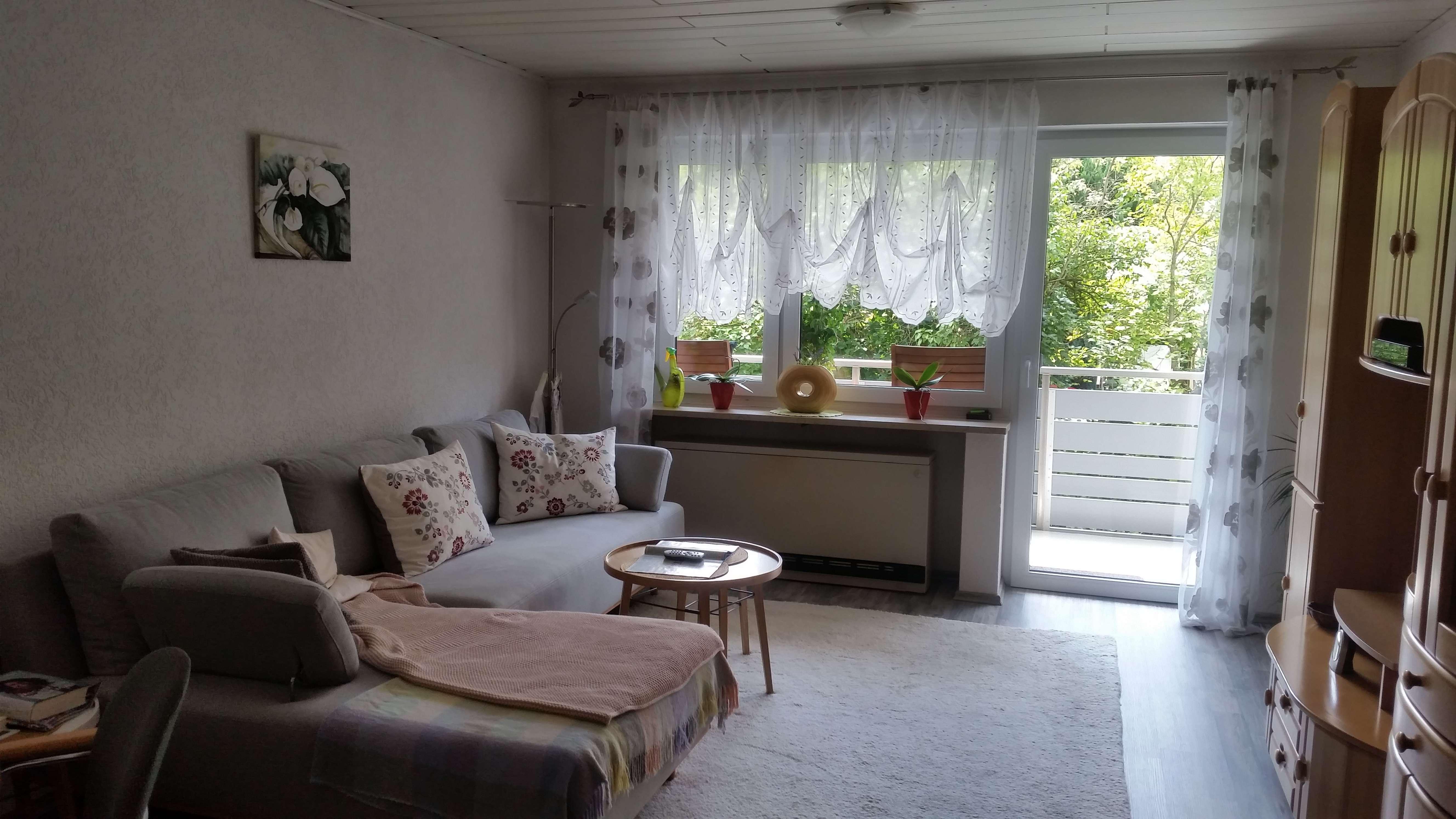 3-Zi.-Wohnung mit Balkon, Garage & Hobbykeller *provisionsfrei*