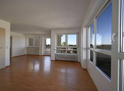 Zentrumsnahe DG-Wohnung mit riesiger Dachterrasse und neuer EBK
