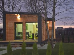 Cottage 60+ Gartenansicht