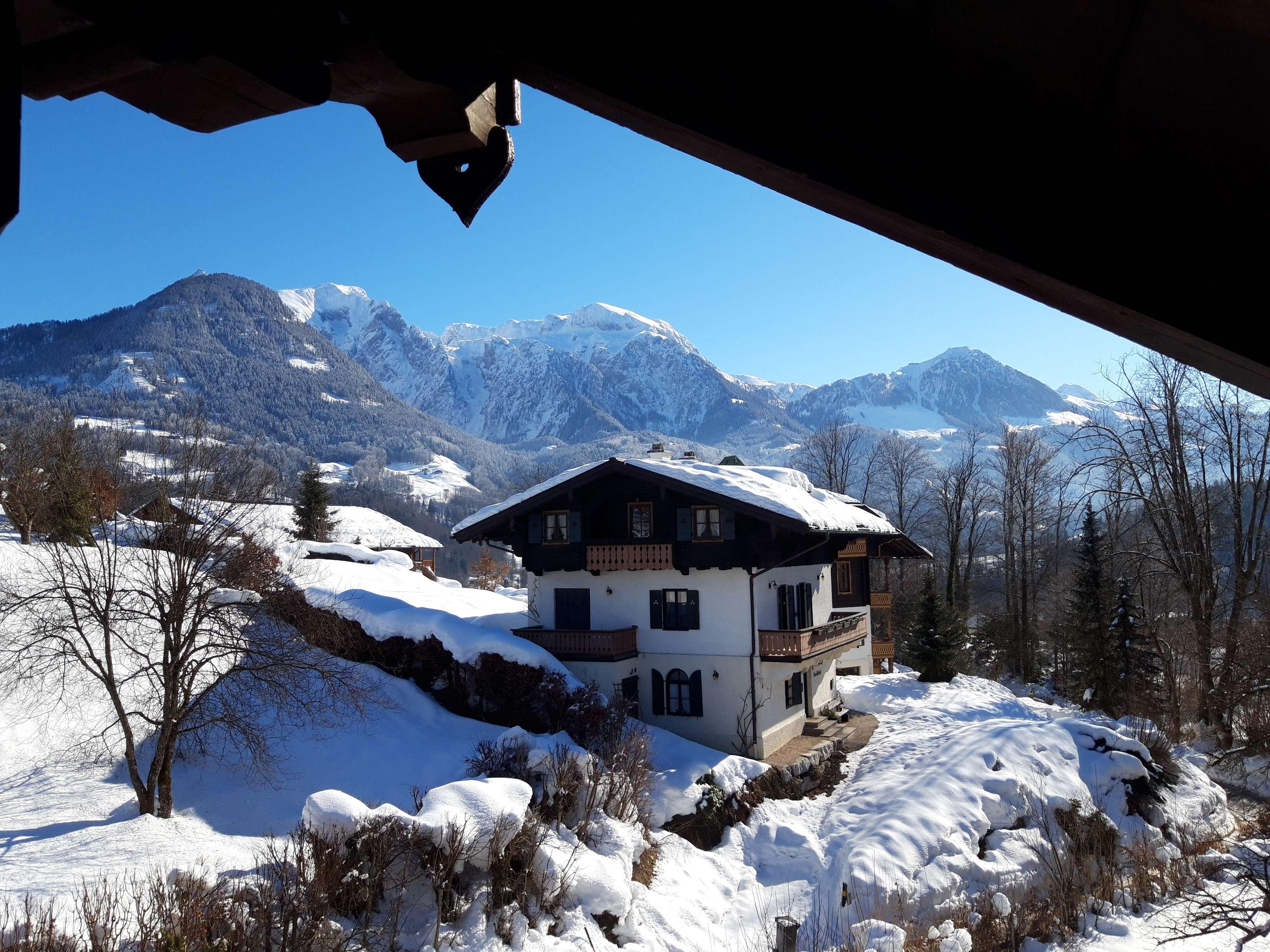 Vollständig renovierte 3,5-Zimmer-Dachgeschosswohnung mit Balkon in Berchtesgaden in Berchtesgaden