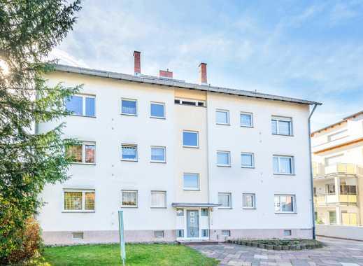 Obertshausen: Schöne, helle 3 Zimmer-Wohnung mit Balkon in kleiner Wohneinheit & zentraler Wohnlage