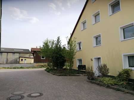 Sehr schöne 2-Zimmerwohnung ! Anfragen bitte nur per E-Mail ! in Burgthann