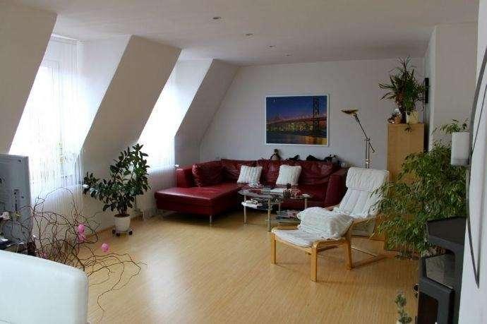Exklusive Maisonette-Wohnung mit EBK, Kaminofen und Sauna in begehrter Lage von St. Johannis in St. Johannis (Nürnberg)