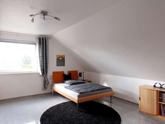 Hochwertige 117m² Wohnung mit Garten, Spitzboden und Keller - Bild 16