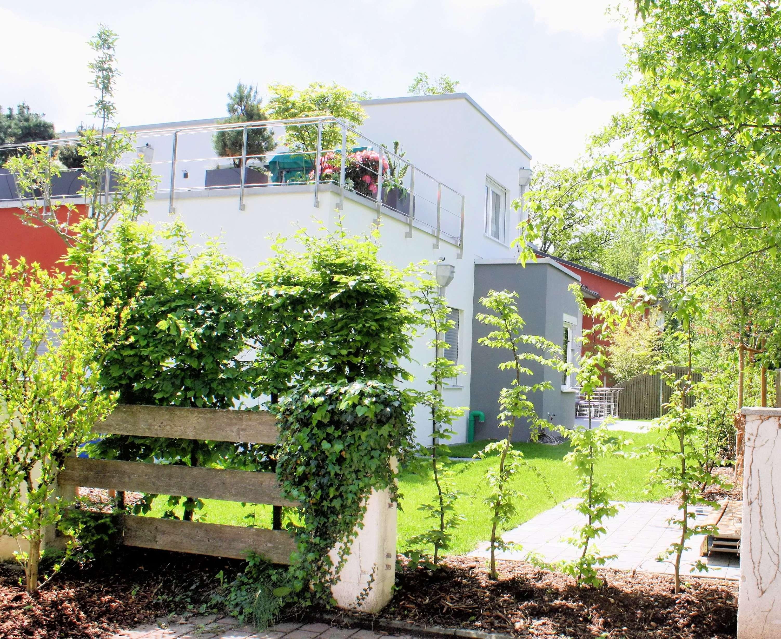 Exklusive, 5 Zimmer Wohnung in Neubauvilla in GRÄFELFING, stilvoll, modern mit Kamin, 2,5 Bädern und
