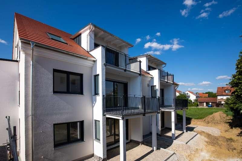 Neubau-Wohnung mit Balkon in ruhiger Lage mitten in Vierkirchen