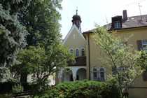 Bild Repräsentatives Pfründnerhaus mit Dreifaltigkeitskapelle in Waldmünchen