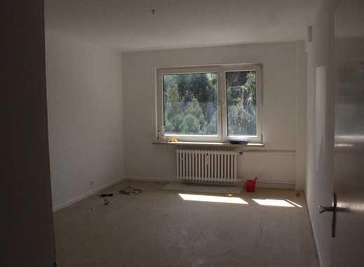 Erstbezug nach Renovierung: freundliche 2,5-Zimmer-Wohnung in Essen