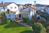 Freistehendes Einfamilienhaus mit großem Garten