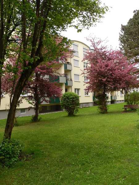 Trendwohnung - große 3 Zimmer-Wohnung im Dachgeschoss in Stephanskirchen