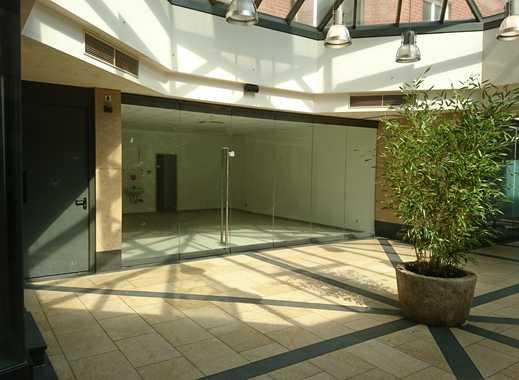 Ladenlokal mit Kühlräumen und Nebenfläche- Zolltor Passage Neuss zu vermieten