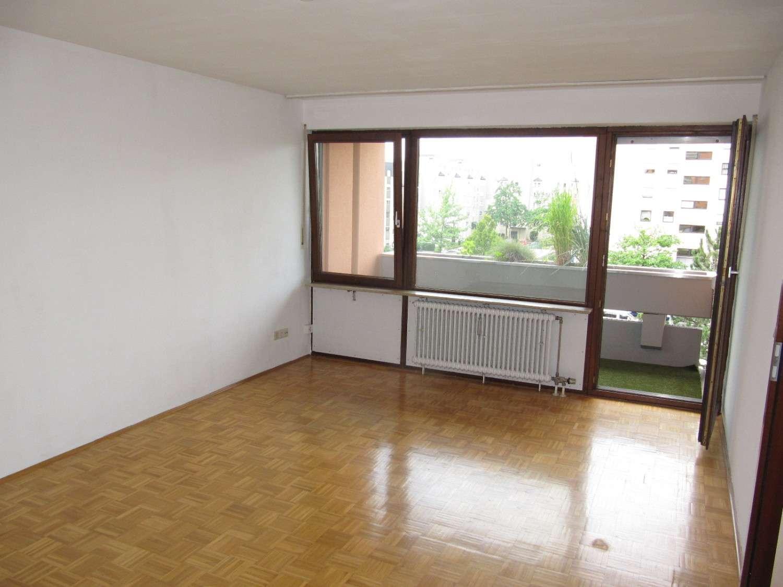 Nä. Thon: Ruhige 2-ZW, ca. 63 qm, Balkon, Parkett, EBK, 3.OG mit Aufzug in Wetzendorf (Nürnberg)
