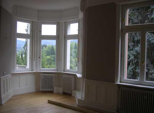 Exklusive 3-Zimmer-Wohnung mit Balkon in Baden-Baden