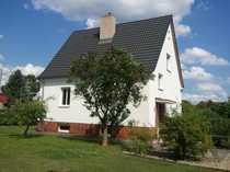 Bild Schönes Haus mit vier Zimmern in Berlin, Staaken (Spandau) auf großem Grundstück