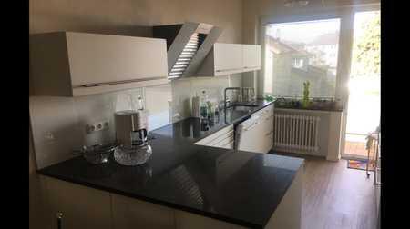 Gehobene 3 Zimmer Wohnung mit Balkon und Einbauküche mitten im Herzen von Buchloe ( Bahnhofs Nähe) in Buchloe