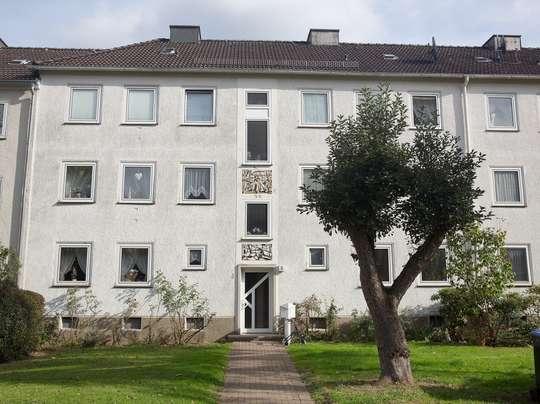 hwg - Zentrale Etagenwohnung mit Tageslichtbadezimmer und Wanne!