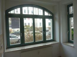schöne Fensterfront in Küche