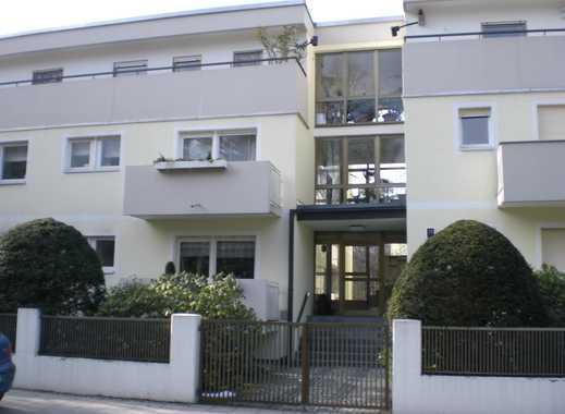 3 Zimmer Wohnung mit 2 Balkonen in München-Harlaching-Menterschwaige